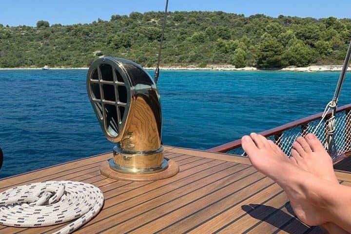 Laganini-Style at #yachtluopan ️ #essylife #bluetrips #bluetrips_sailing #travelcroatia #yachtlife #discovercroatia #croatiafulloflife #yachtchartercroatia #lifestyle #yourdreamvacation…